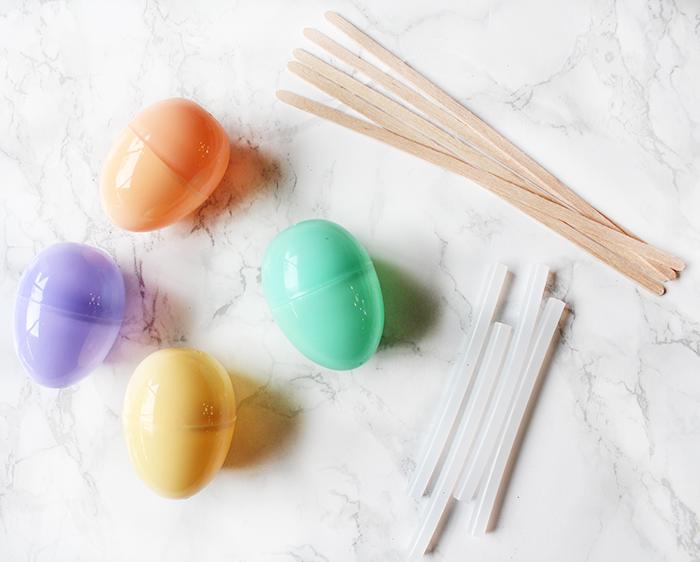 Plastic Easter Egg Crafts: DIY Easter Egg Bouquet