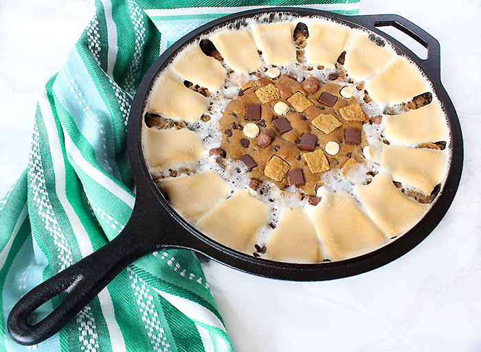 S'mores Skillet Cookie Cake Recipe