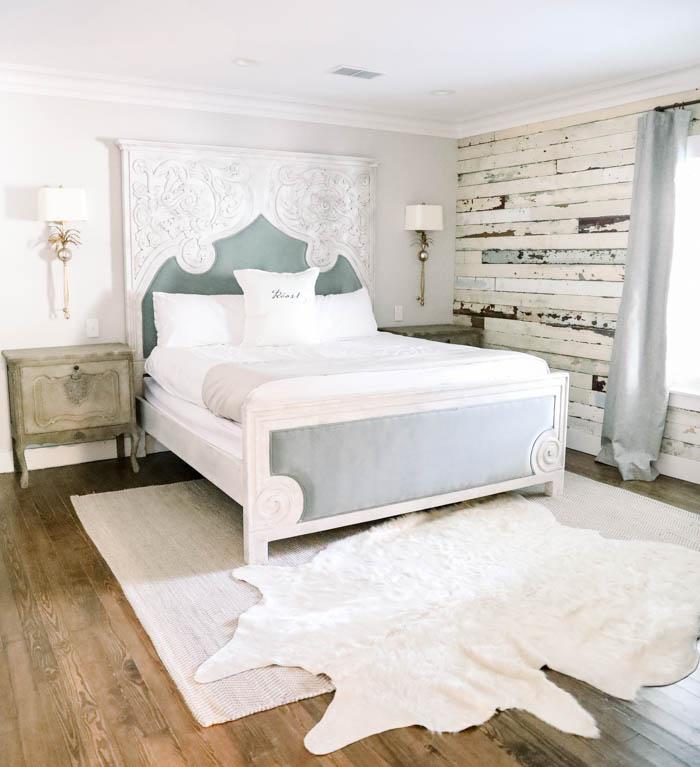 The Roost Ocean Springs Monarch Suite